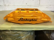 Lamborghini Murcielago painted calipers